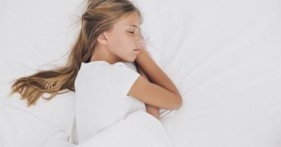 Tips agar Anak Terbiasa Tidur Sendiri Kamarnya