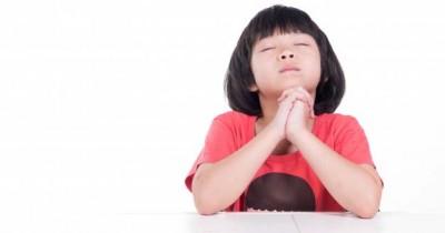 7 Contoh Doa Makan Kristen Diajarkan Anak