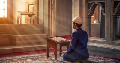Jangan Salah, Ma Ini 9 Cara Mendidik Anak Laki Laki Menurut Islam