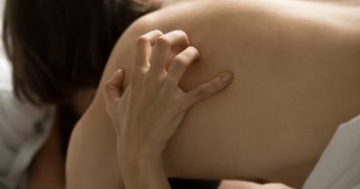 5 Afterplay yang Diinginkan oleh Suami Usai Berhubungan Seks