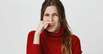 5 Cara Hilangkan Aroma Terasi Menempel Wadah Makanan