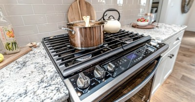 5 Hal Menjengkelkan Ini Sering Terjadi saat Memasak Dapur Rumah