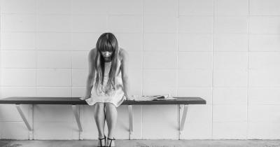 Saat Seseorang Bercerita Ingin Bunuh Diri, Apa yang Harus Dilakukan?