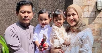 Eksklusif Cara Nina Zatulini Ajarkan Pendidikan Agama Islam ke Anak Sejak Kecil