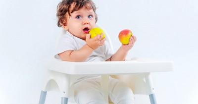 Lancarkan Pencernaan, Ini 6 Tips agar Bayi Mau Makan Buah
