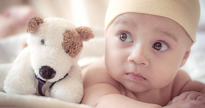 Bagaimana Cara Bayi Baru Lahir Belajar Berkembang