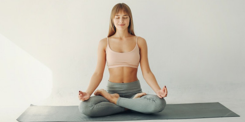 5. Yoga dapat mengurangi tekanan ada lambung