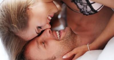 6 Aromaterapi Meningkatkan Gairah Seksualsaat Berhubungan Intim