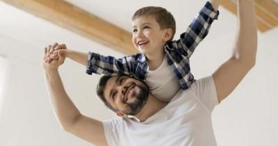 Penting 7 Peran Papa Dalam Tumbuh Kembang Anak