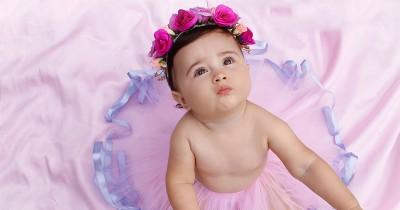 36 Rangkaian Nama Bayi Perempuan Lahir Bulan Desember Bermakna Islami