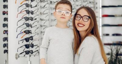 Rekomendasi Bentuk Frame Kacamata Anak Sesuai Bentuk Wajah