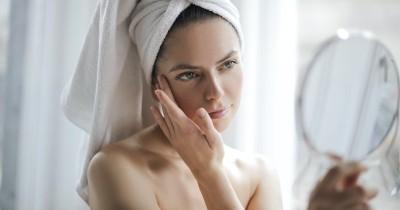 5 Kandungan Skincare Dapat Menghilangkan Bekas Jerawat