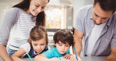 7 Peran Anak Dalam Keluarga Perlu Diketahui Sejak Dini