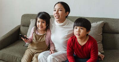 Jarang Disadari, Ini 5 Manfaat Menonton Film Animasi untuk Anak