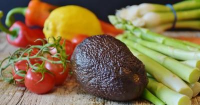 5 Daftar Makanan Ini Bisa Mengontrol Kelenjar Tiroid