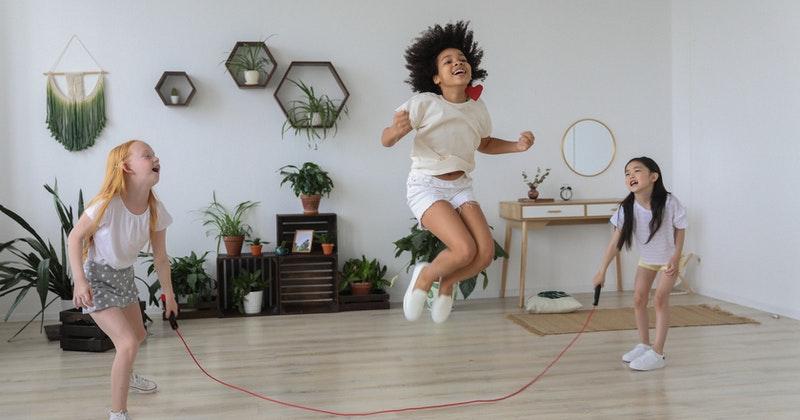 3. Lompat tali juga dapat membantu pertumbuhan tulang