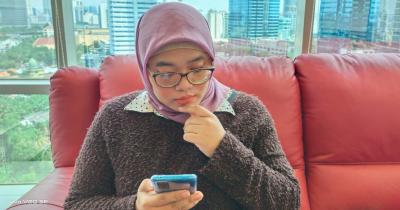 Perhatikan, Ini 6 Tanda Mama Butuh Detoks Media Sosial