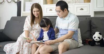 9 Cara Mendorong Anak Rajin Mengerjakan PR