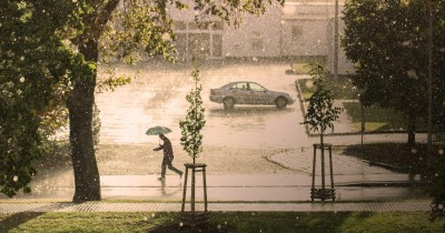 Cara Mengatasi Rumah Lembap saat Musim Hujan