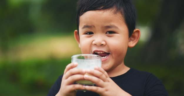 Minuman Apa Saja yang Boleh Anak Balita Konsumsi, Temukan Jawabannya!