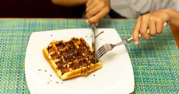 Manfaat Kesehatan dari Waffle Almond anak