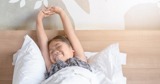 Bisa Meningkatkan Prestasi, Ini 5 Manfaat Bangun Pagi untuk Anak