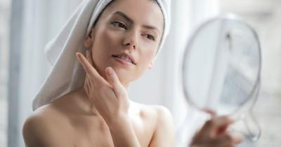 5 Jenis Skincare Musim Hujan Bikin Kulit Makin Sehat