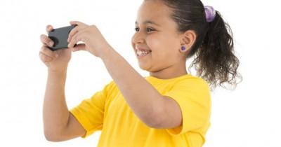 Cara Mengajarkan Anak Membuat Video Menarik Smartphone