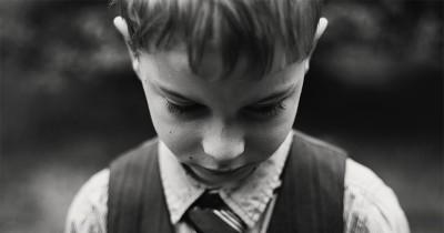 Cara Menjaga Kesehatan Mental Anak Pasca Keluarga Kecelakaan