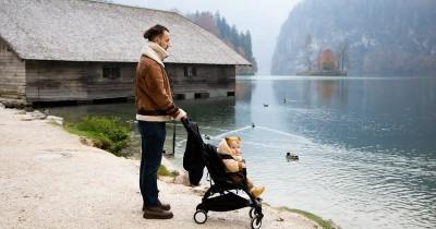 6 Manfaat Membawa Bayi Baru Lahir ke Luar Rumah