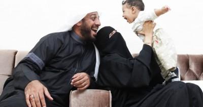 Syekh Ali Jaber: 10 Hal Terlarang bagi Orangtua pada Anak dalam Islam