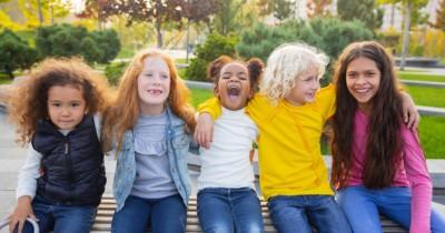 Senang Diperhatikan, 5 Zodiak Remaja Suka Cari Perhatian