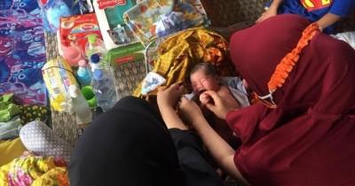 Haru, Kisah Perjuangan Ibu Melahirkan Bayi Pengungsian Gempa Mamuju