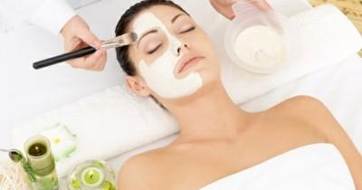 5 Tips Perawatan Kulit Setelah Peeling Wajah