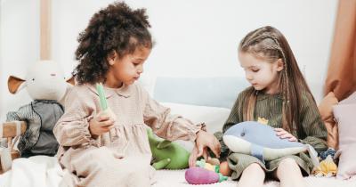 Maksimalkan 6 Periode Sensitif Anak Metode Montessori