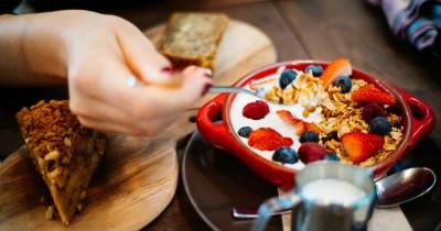 8 Makanan Rendah Sodium untuk Ibu Hamil, Jangan Sembarangan!