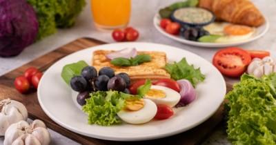 8 Jenis Makanan Baik Dikonsumsi Menyehatkan Kulit