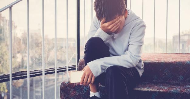 4. Mengalami berbagai kesulitan tidak dapat selalu dibantu