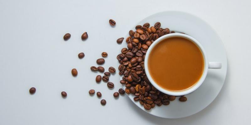 3. Kurangi asupan kafein