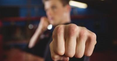 6 Fakta Mengapa Anak Remaja Melakukan Kekerasan