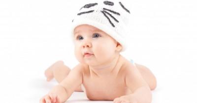 Berapa Kali Mama Harus Mengganti Popok Pakaian Bayi