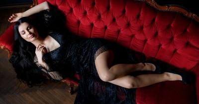 Bosan Ranjang Ini 7 Posisi Seks Nikmat Bercinta Sofa