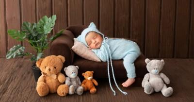 Jaga Keselamatan, Ini 5 Posisi Tidur Baik Bayi