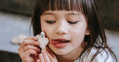 Tips Menumbuhkan Kebiaasan Ngemil Baik Anak