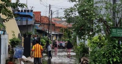 Curah Hujan Tinggi, Ini Panduan Siaga Hadapi Banjir dari Pemprov DKI
