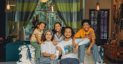 8 Potret Rumah Teduh Milik Keluarga Dwi Sasono & Widi Mulia
