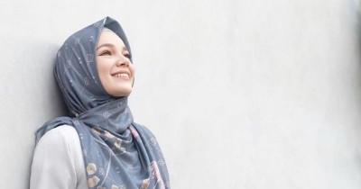 Dewi Sandra Tak Pernah Minta Nafkah dari Suami, Ini Penjelasannya