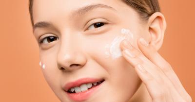 7 Rekomendasi Sabun Pembersih Wajah Formula Gentle Remaja