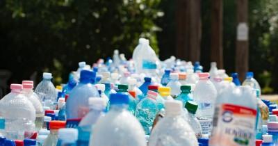 Mengurangi Limbah Cara Bermanfaat Ubah Sampah Jadi Barang Berguna