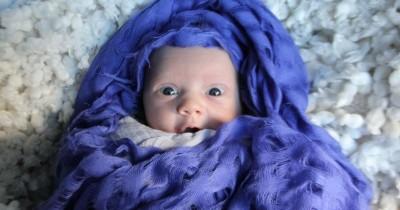 50 Ide Nama Bayi Perempuan Islami Lahir Bulan Maret Menawan